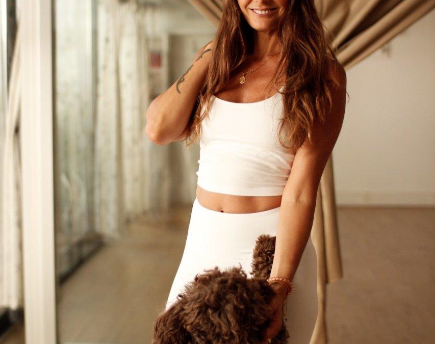Explorando estilos: Anusara Yoga según Karina Sauro